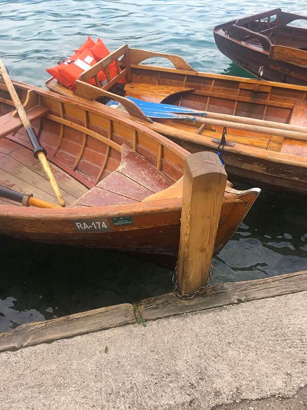 in barca al lago di Bled